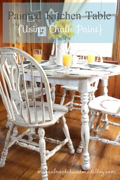 chalk painted dinning sets | Painted Kitchen Table {Using Chalk Paint}