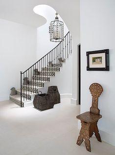 20 Questions for Interior Designer Betsy Burnham – staircase Staircase Railings, Modern Staircase, Staircase Design, Stairways, Tiled Staircase, Iron Staircase, Stair Risers, Design Entrée, The Design Files