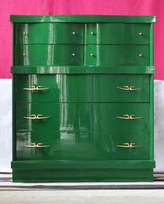 """From SCOUTED PALETTE PAINT & HOME: """"Take that something brown you have - and do this! Absolutely no other paint can transform your furniture with a shine like Fine Paints of Europe - Hollandlac. Green Painted Furniture, Lacquer Furniture, Mirrored Furniture, Paint Furniture, Furniture Makeover, Cheap Furniture, Eclectic Furniture, Refinished Furniture, Upcycled Furniture"""