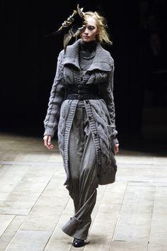 Alexander McQueen : fall/winter 2006 ready-to-wear, look 20