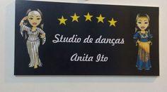 Olha que lindo o banner do novo Studio da Anita Ito em São Paulo! Ela usou as mascotes lindas que a gente fez pra ela. =) #centraldancadoventre #dancadoventre #bellydance #mascotedanca #mascotedancadoventre
