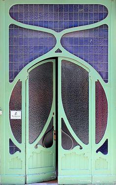 Door. #bluedivagal, bluedivadesigns.wordpress.com