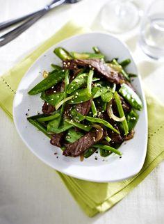 Unser beliebtes Rezept für Grünes Wok-Gemüse mit Rindfleisch und mehr als 55.000 weitere kostenlose Rezepte auf LECKER.de.