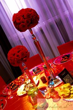 red roses Wedding Decorations, Table Decorations, Wedding 2015, Wedding Table, Red Roses, Flowers, Wedding Decor, Flower, Blossoms
