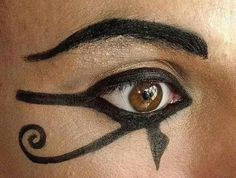 Symbolic eye makeup