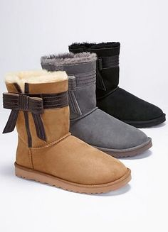 UGG bow boots - So perfect for Fall & Winter! -- Yes, please!