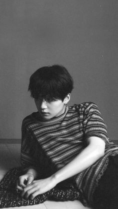 FOR MORE Suga 轉 Tear Concept Photo O version The post Suga 轉 Tear Concept Photo O version appeared first on wallpapers.VISIT FOR MORE Suga 轉 Tear Concept Photo O version The post Suga 轉 Tear Concept Photo O version appeared first on wallpapers. Bts Suga, Jhope, Taehyung, Min Yoongi Bts, Foto Bts, Bts Photo, K Pop, Min Yoongi Wallpaper, Bts Wallpaper