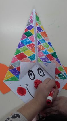 Clown - KINDERREISEN… You are in the right place about Diy carnival ideas Here we offer you the most Clown Crafts, Circus Crafts, Carnival Crafts, Diy And Crafts, Arts And Crafts, Paper Crafts, Diy For Kids, Crafts For Kids, Art Projects