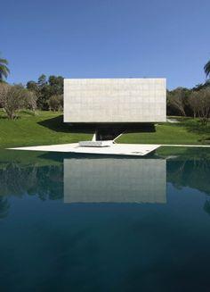 Adriana Varejão Gallery / Tacoa Arquitetos