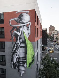 Ludo creates new works on the streets of New-York City