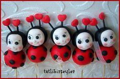 Cute little Ladybug Cake Pops <3