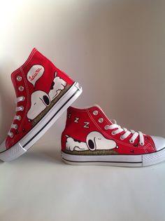 Zapatillas pintadas por Ana Zea