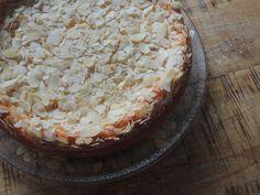 Das perfekte Mandel Käsekuchen -Rezept mit Bild und einfacher Schritt-für-Schritt-Anleitung: Ofen auf 160° vorheizen. Springformm mit Backpapier auslegen…