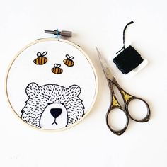 This little bear is peaking out to say hello to the buzzing bees. We hope everyone has a bee-utiful Friday! #embroidery #handembroidery #sassandstitchembroidery #dmcembroidery #modernembroidery #needlework #stitchersofinstagram