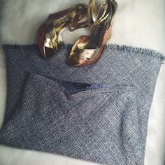 BCBG Blue Shades High Waisted Tweed Skirt Seriously SO adorable! Pair with a bright top for a weekend out or a white top and blazer for the work week. I totally love this piece! Brand new without tags! Has a zipper up the side. Different shades of blue, white and navy. BCBG Skirts