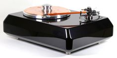 Another mouth watering offering from Artisan Fidelity, this is a Technics SP10, Reed tonearm and Soundsmith cartridge.