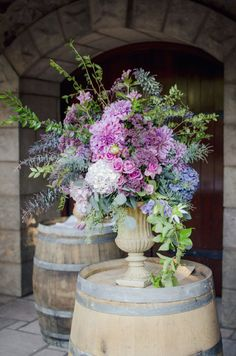 Lavender and Purple Ceremony Flowers | photography by http://www.whiteivoryphotography.com/
