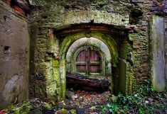I Dig Hardware / I Hate Hardware » Hobbit Doors