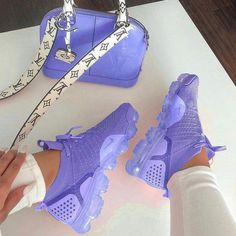 Nike Shoes OFF! ►► Shoes Sneakers Tenis shoes Outfit shoes Nike shoes Sneakers nike - Mauve sneakers and purse - Cute Sneakers, Shoes Sneakers, Shoes Men, Women's Shoes, Yeezy Shoes, Crocs Shoes, Shoes Style, Flat Shoes, Mules Shoes