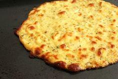 Massa de Pizza Light sem Farinha - / Light pizza dough without flour - Low Carb Recipes, Vegetarian Recipes, Cooking Recipes, Healthy Recipes, Pizza Recipes, Crispy Cauliflower Pizza Crust Recipe, Cooking Cauliflower, Cauliflower Breadsticks, Riced Cauliflower