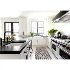 Uplifting Kitchen Remodeling Choosing Your New Kitchen Cabinets Ideas. Delightful Kitchen Remodeling Choosing Your New Kitchen Cabinets Ideas. Home Decor Kitchen, Kitchen Interior, New Kitchen, Kitchen Dining, Kitchen Ideas, Long Kitchen, Narrow Kitchen, Family Kitchen, Dining Decor