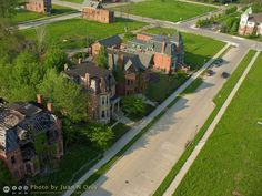 The abandoned, tumbledown mansions of Brush Park, next to beautiful examples that have been saved – from Above