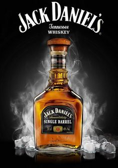 Jack Daniels Whisky Jack, Scotch Whisky, Jack Daniels Logo, Jack Daniels Drinks, Homemade Liqueur Recipes, Best Alcohol, Bottle Tattoo, Alcohol Bottles, Cigars And Whiskey