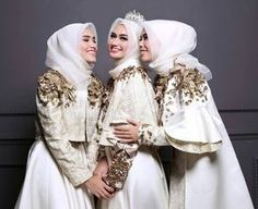 makeup indonesia Muslim Wedding Ideas on Bridal Hijab, Hijab Bride, Wedding Hijab, Wedding Makeup, Wedding Bridesmaids, Muslim Wedding Dresses, Muslim Brides, Muslim Dress, Muslim Couples