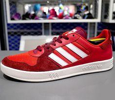 adidas Originals Tennis Court Top – Vivid Red / Running White