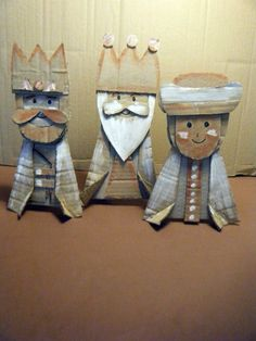 Imagen 030 The three kings in diy with Cardboard Nativity Crafts, Christmas Nativity, Christmas Art, Christmas Projects, Christmas Crafts, Christmas Decorations, Three Wise Men, Childrens Christmas, Painted Sticks