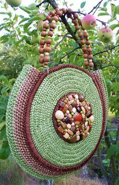 Crotchet Bags, Crochet Beach Bags, Knitted Bags, Crochet Purse Patterns, Crochet Purses, Beading Patterns, Crochet Lace Edging, Diy Crochet, Diy Handbag