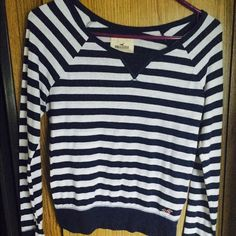 Striped blue and white Hollister long sleeve shirt Used might have signs of wear Hollister Tops Tees - Long Sleeve