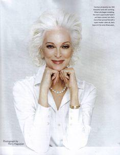 80 летняя модель с самой долгой карьерой (22 фото)