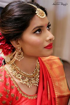 "South Indian Bride Fashion ( ""Beautiful South Indian Bridal look Bridal Sari, Indian Bridal Makeup, Indian Bridal Fashion, South Indian Makeup, South Indian Bridal Jewellery, Indian Wedding Jewelry, Bridal Jewelry, Gold Jewelry, India Jewelry"