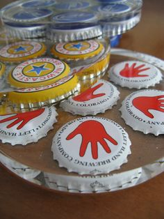 Bottle cap coasters - a different take on the reusing bottle cap idea I want to make these with Michigan beer caps Bottle Cap Coasters, Beer Bottle Caps, Bottle Cap Art, Bottle Top, Bottle Cap Projects, Bottle Cap Crafts, Beer Crafts, Fun Crafts, Resin Crafts