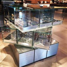 A sculptural display fixture at #estnation in #Tokyo. Love a functional item in a unique and artistic design! #fashionmeetsfunction #retaildesign #repossi #fashionableinterior #interiorbranding #consumerexperience #luxuryliving #fashion #jewelry #interiors #retaildisplay