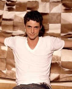 You've probably never heard of Matthew Goode before…or you've heard the name but can't quite put a face to it. This young, up-and-coming British actor (another Matthew William Goode, Mathew Goode, Celebrity Moms, Celebrity Pictures, Chasing Liberty, Pretty People, Beautiful People, Men's Fashion, Gay