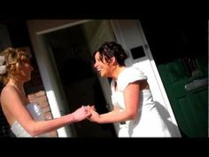 "▶ Ingrid & Jolande - 05-04-2013 ""She - Elvis Costello"" - YouTube"