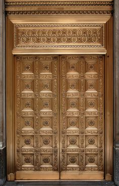 Entrance to the Federal Reserve Bank of Chicago on LaSalle Street in the Financial District of Chicago, Illinois. Front Door Design Wood, Main Entrance Door Design, Door Gate Design, Wooden Door Design, Wooden Doors, Entrance Doors, Modern Wood Doors, Pooja Room Door Design, Door Design Interior