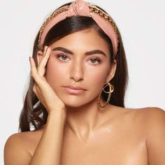Patent Knotted Headband with Chain from KITSCH X Justine Marjan Chain Headband, Knot Headband, Headbands, Boy Celebrities, Glam Hair, Celebrity Hair Stylist, Curly Hair Tips, Everyday Hairstyles, Elegant Woman