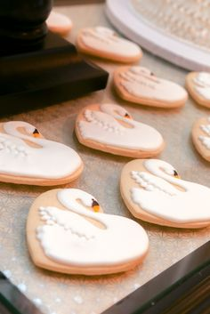 swan sugar cookies; swan lake ballet birthday party ideas; swan lake cookies