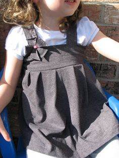 Sewing in the Suburbs: Pleated Little Girls Tanktop from Mens T-Shirt