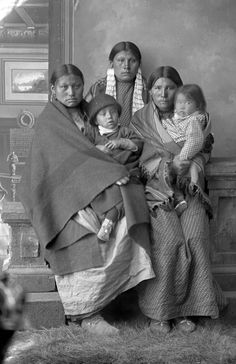 Native American Tribes, Native Americans, Historical Photos, History, Sioux, Cards, Life, Historical Pictures, Historia
