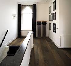 Afbeeldingsresultaat voor donker houten vloer