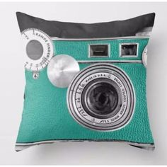 Throw Pillow Covers | Vintage Teal  Camera | UniikStuff