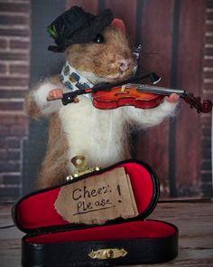 Needle Felted Art by Robin Joy Andreae: Dom, a Strreet Musician Rat
