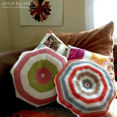 Simple Crochet Cushion - Tutorial.