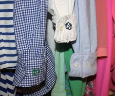 18 years living in the south helps you appreciate a monogrammed cuff Preppy Style, Style Me, Preppy Girl, Devon, Embroidery Monogram, Embroidery Designs, Dress To Impress, Body, Designer