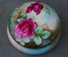 """Beautiful Vintage Limoges France 1903 Hand Painted """"Deep Red Roses"""" 7-1/4"""" Dresser Box by the Artist, """"F.W.P."""""""