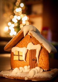 Gingerbread house by Dario Dal Ben on 500px